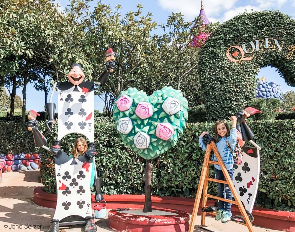 Alice's Curious Labyrinth Disneyland Paris