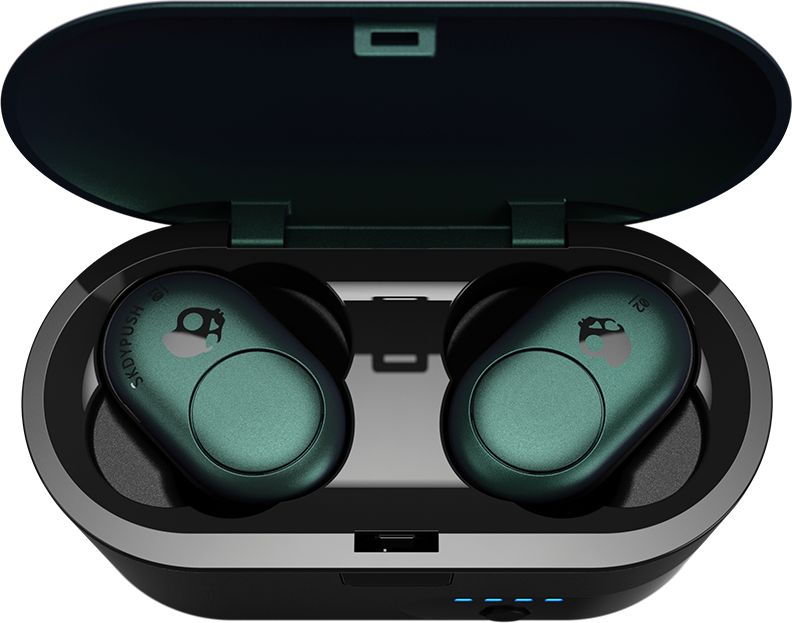 Skullcandy Push Earbuds in charging case