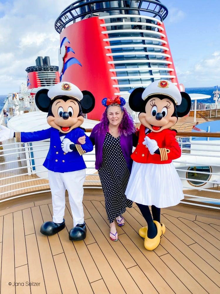 ursula bound minnie mickey photo disney cruise line deck