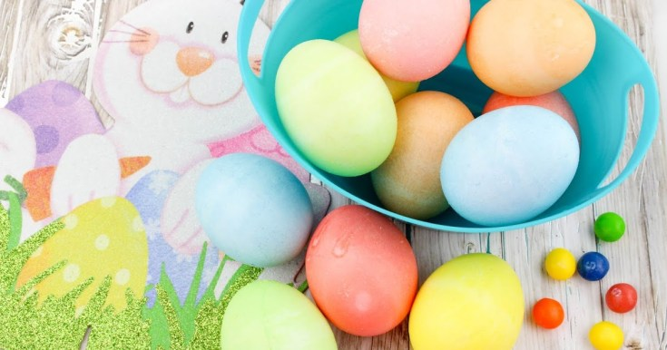 How to Dye Easter Eggs the Easy Way #Easter #Eastereggs #dyeeggs