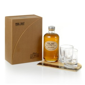 "Nikka Pure Malt Black ""Whisky Ceremony"""