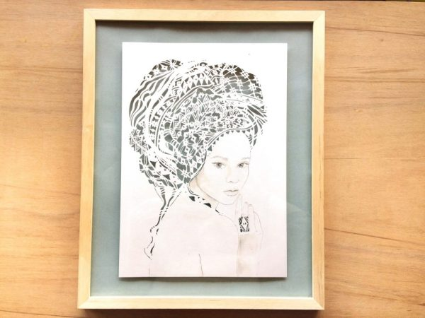Girl with headwrap - Framed - Total