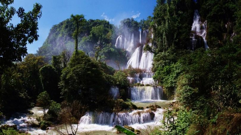 Thi Lo Su Waterfall