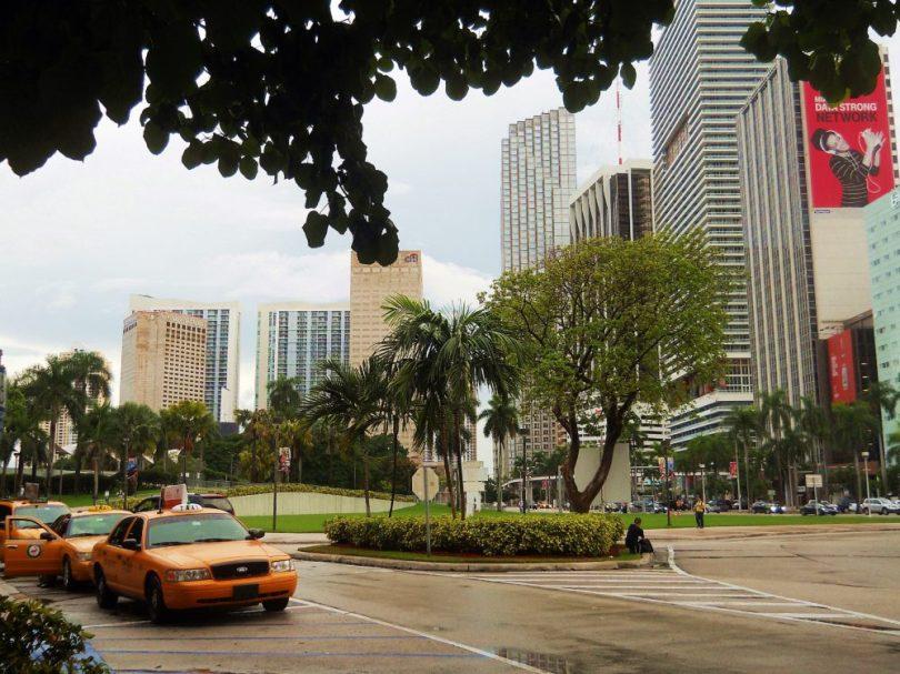 cab downtown Miami
