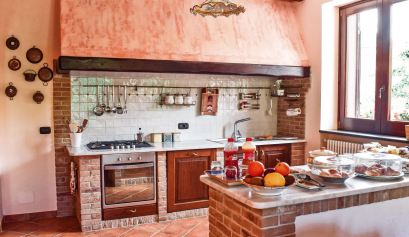 budget accommodation on Amalfi Coast