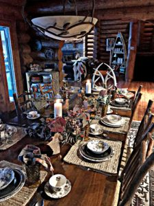 Thanksgiving table, log cabin