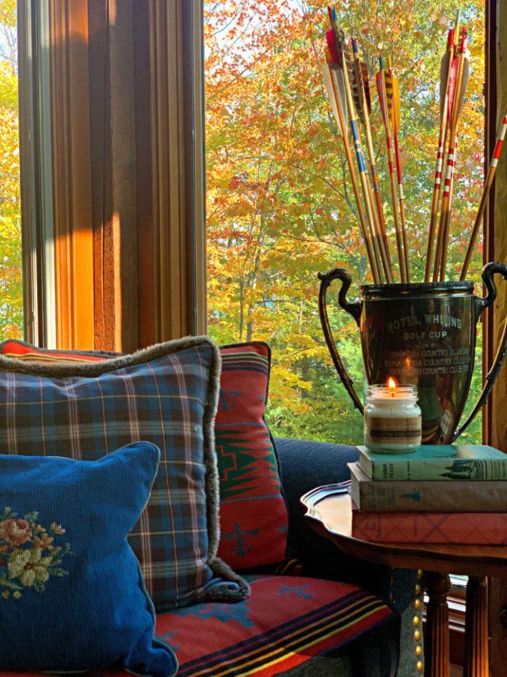 Fall Cozy Spot Arrows in Vintage Trophy