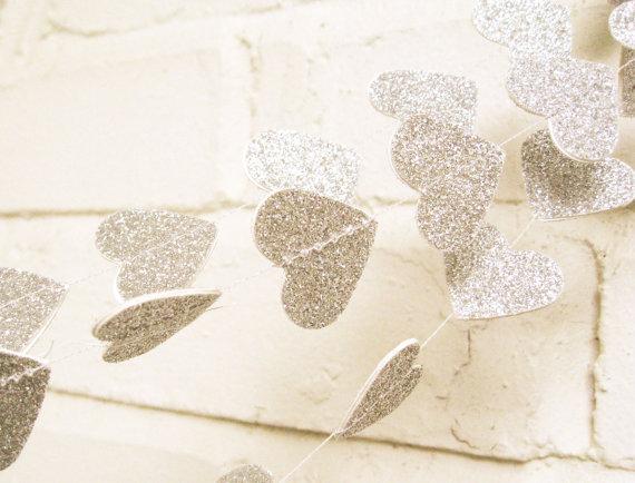 amore hearts garland