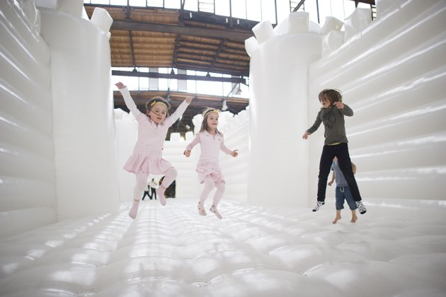 white-bouncy-castle-art-installation-20130627-121237-085