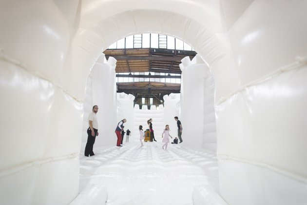 white-bouncy-castle-art-installation-20130627-121318-486
