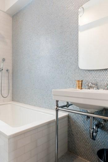 penny-tile-bathroom-CU-A