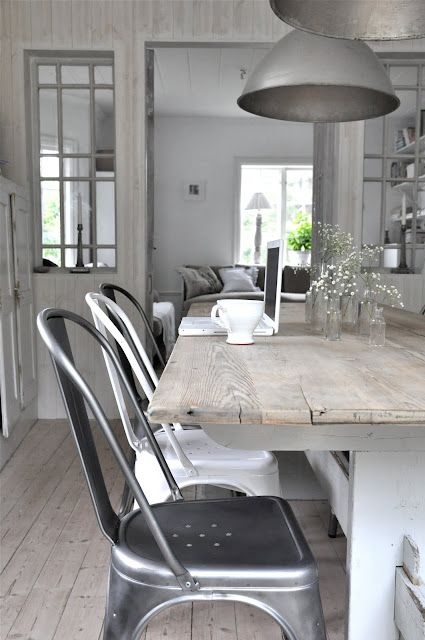 industrial-chic-dining