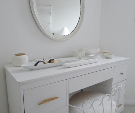 White-Cabana-bedroom-8
