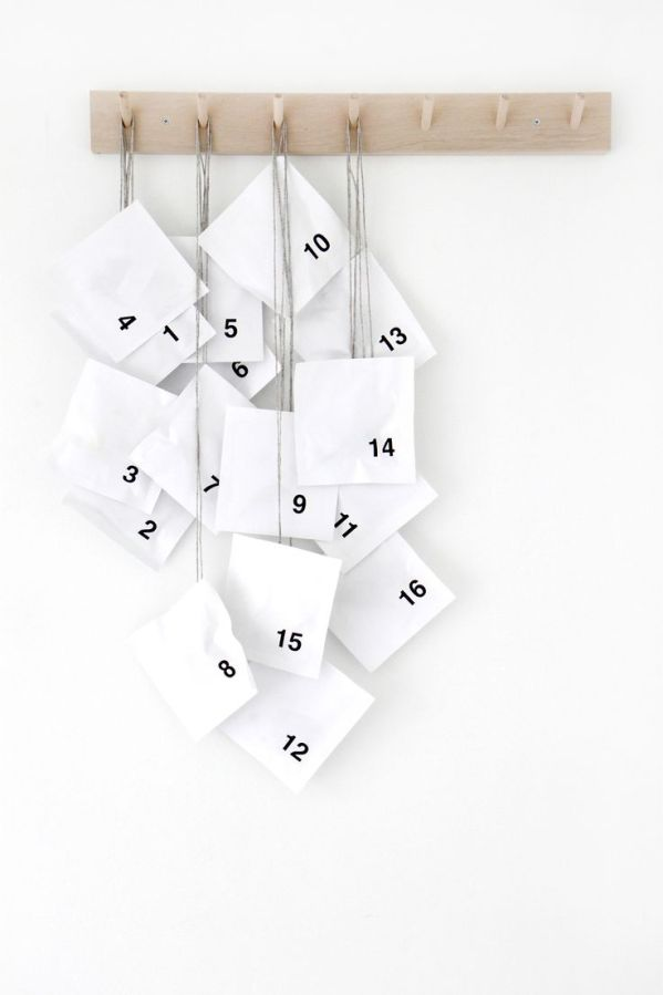 simple-white-advent-calendar