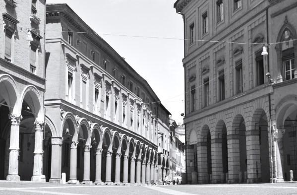 White-Cabana-Bologna_ExpediaCA_5