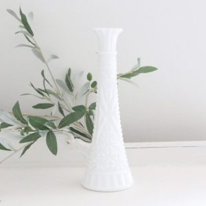 milk glass- vase- home decor- flowers- vintage