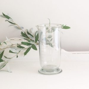 vase- glass- beaker- home decor