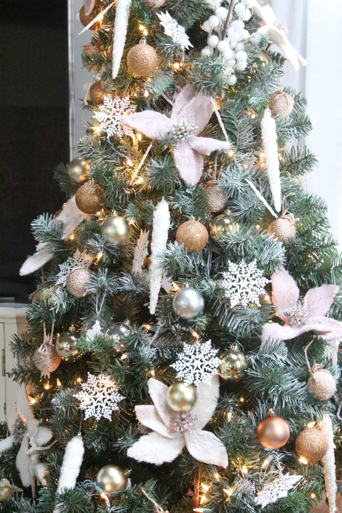 Christmas- decor- seasonal decor- family room at Christmas- pink- silver- gold- decorations- decorating with pastels for Christmas- holiday decor ideas- seasonal decorations
