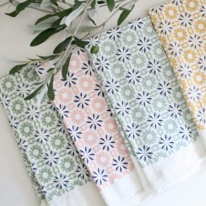 napkins- flour sack- table setting- kitchen- home decor
