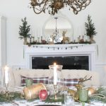 Traditional Christmas Decor in the Dining Room