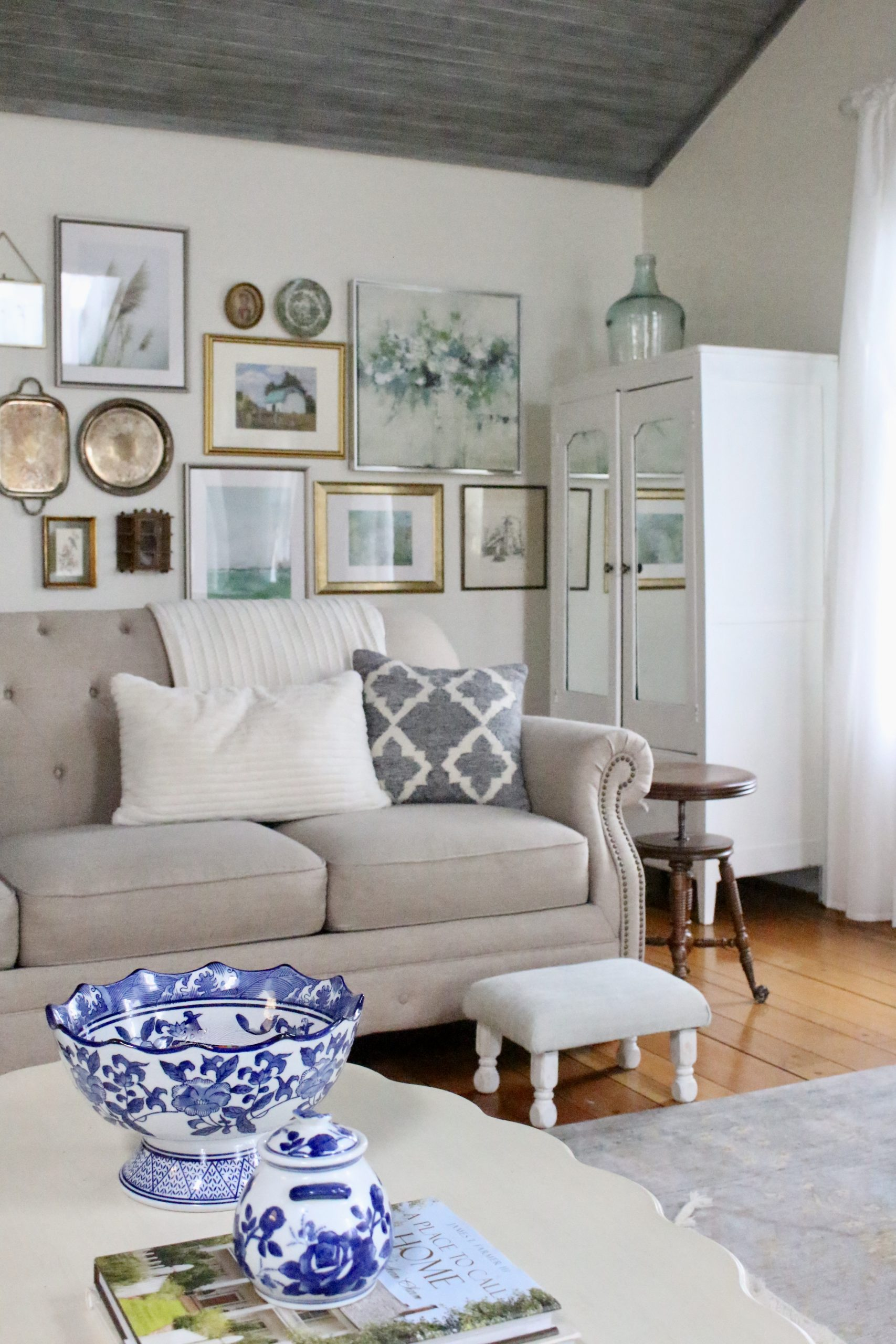 Post Christmas Family Room Tour~ White Cottage Home & Living