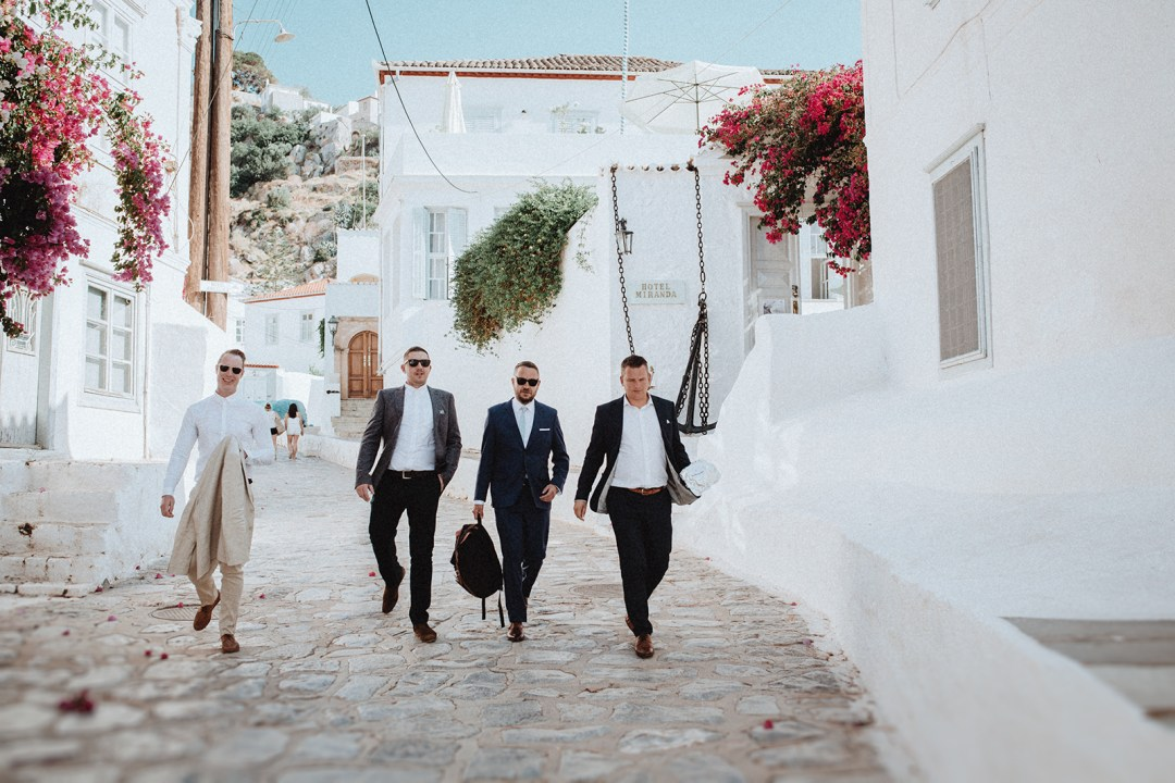 Tu-Nguyen-Wedding-Photography-Hochzeitsfotograf-Destination-Hydra-Island-Beach-Greece-Wedding-77