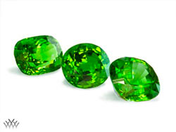 August's birthstone, the peridot, is a light green, ancient, cosmic birthstone that has been found in volcanic lava in hawaii—and in meteorites that have fallen to earth. August Birthstone Peridot August Birthstone Color Is Yellow Green