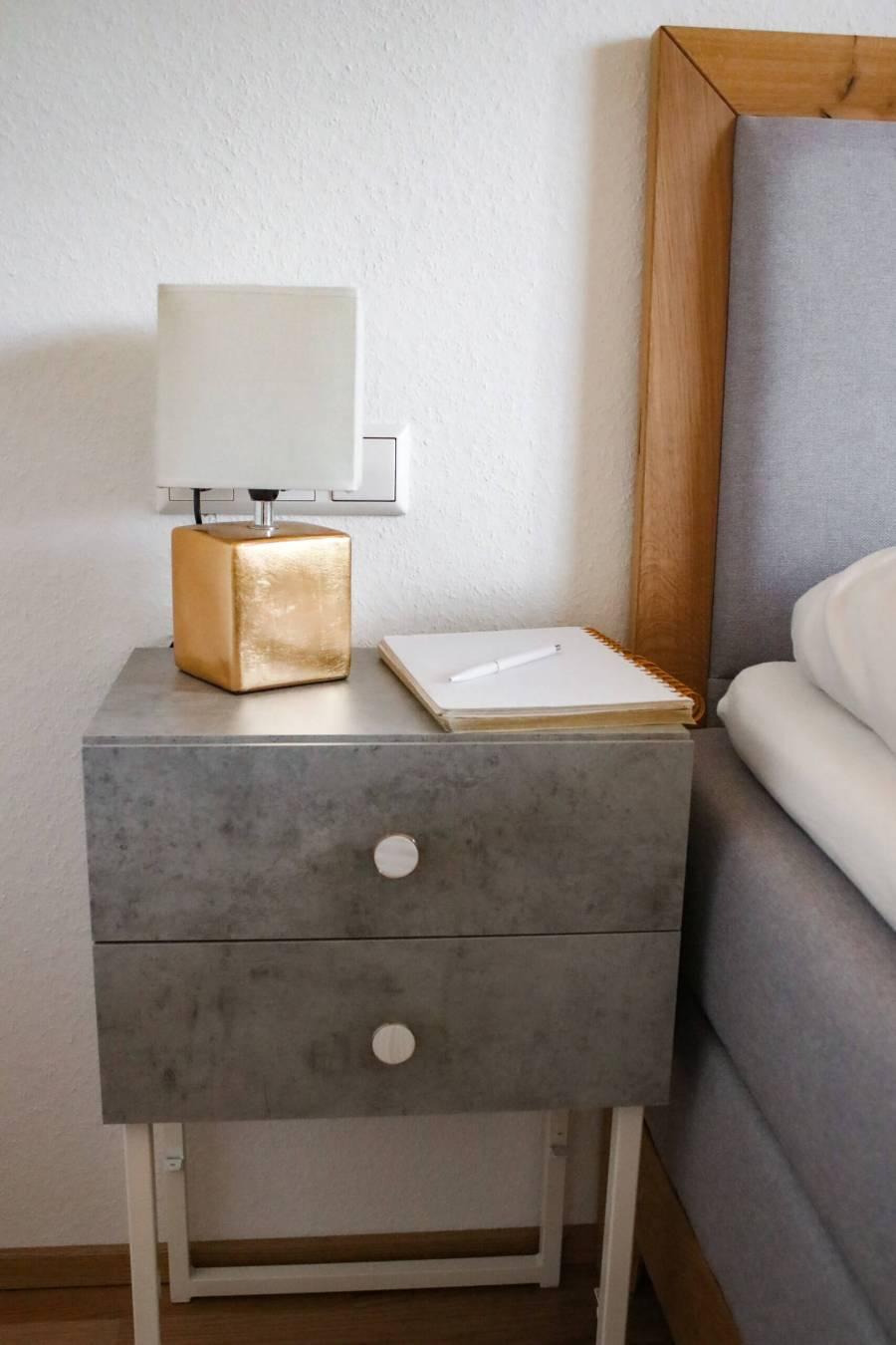 DIY Nachttisch - baue deinen Nachttisch selbst