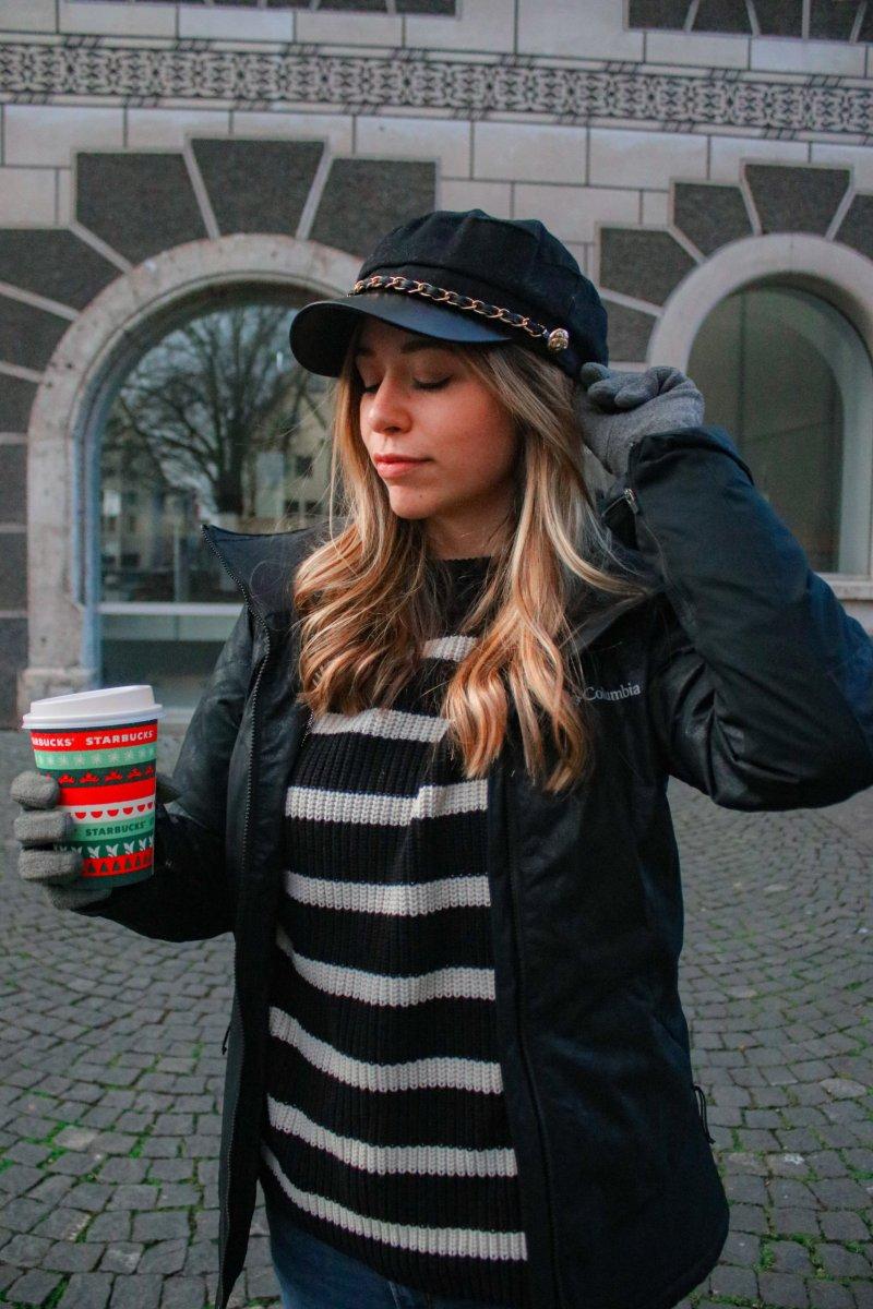 Die besten Winter Accessoires für einen stylischen Auftritt – Bucket Hat, Schal mit Logo uvm.