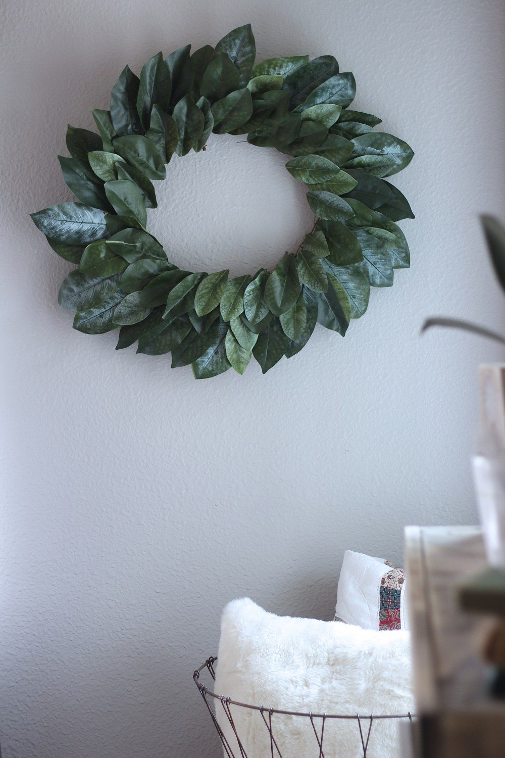 Make a DIY Magnolia Wreath, FIxer Upper Magnolia Wreath