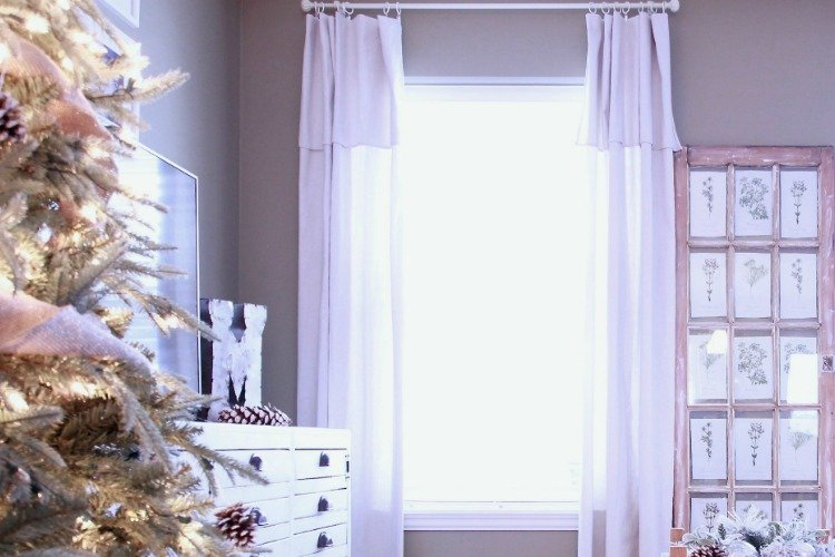 DIY – The Easiest Drop Sheet Curtains