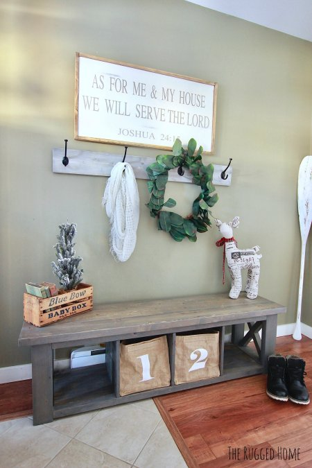 Simple Festive Entrance, How to Decorate An open concept entrance way with rustic, farmhouse and vintage pieces www.whitepicketfarmhouse.com