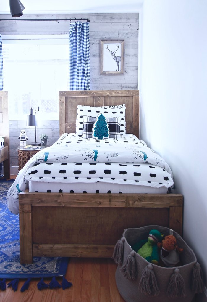The Boys Rustic Industrial Bedroom Reveal. How We Turned An Ugly White Box Into A Super Cute Haven. Small Spaces Can Be Cute Too. Easy Rustic and Industrial DIY's, Featuring Beddys, Stikwood and RugsUSA. www.thewhitepicketfarmhouse.com #RusticIndustrialBedroom #RoomReveal #EasyDIY #EasyIndustrialDIY #BoysRoom #KidsRoom