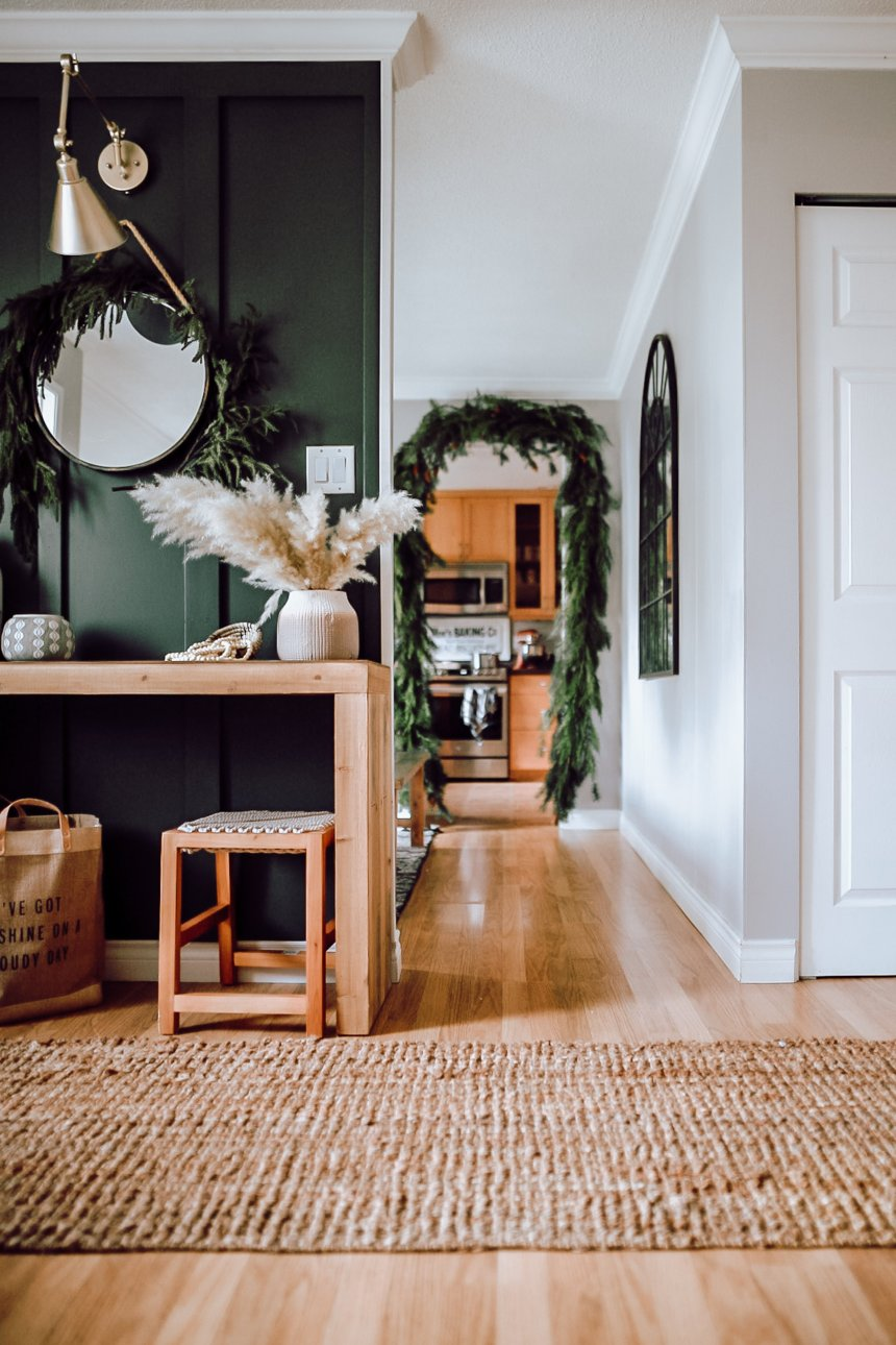 2019 Holiday Home Walk Through. How we styled our home for Christmas with a little bit of modern, scandanavian, mid century and farmhouse decor. Also how to make your own garland.