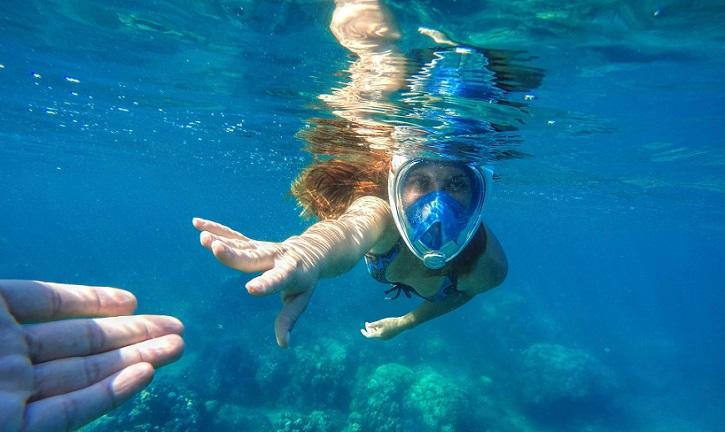 maschera per respirare sott'acqua