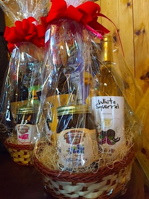 Our gift baskets are a great ready-made gift either with wine or non-alcoholic basket. People love receiving fine foods, wines and candles at holiday time. We have non-alcoholic baskets too, which include jams, salsas and coffee scented candles in White Squirrel coffee mugs.