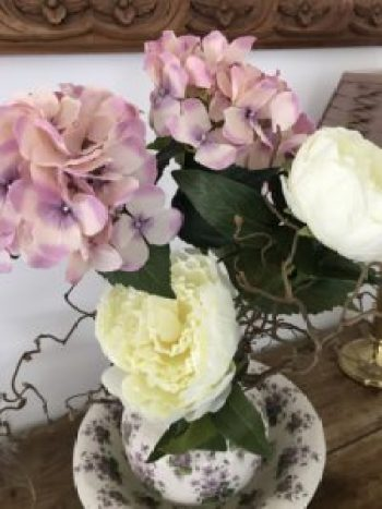faux hydrangeas 1 e1507271342952 225x300 - Flowers - Vintage and Thrifty Styling for the Home