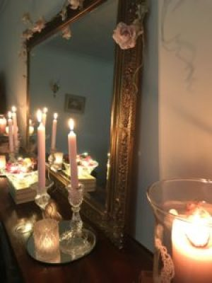candlelit mantlepiece e1510583347146 225x300 - Faffing, the art of and another favourite pass-time in my world