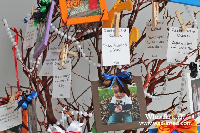Random Acts of Kindness Tree 09