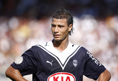 Liverpool To Tie Down Marouane Chamakh Who Ate All The Pies