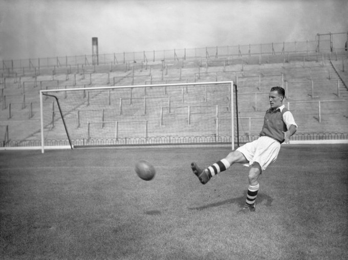 Soccer - League Division One - Arsenal Photocall - Highbury