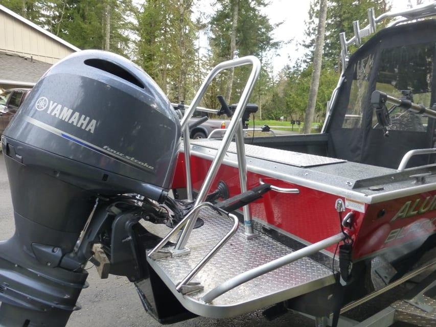 Ski Pylon I1