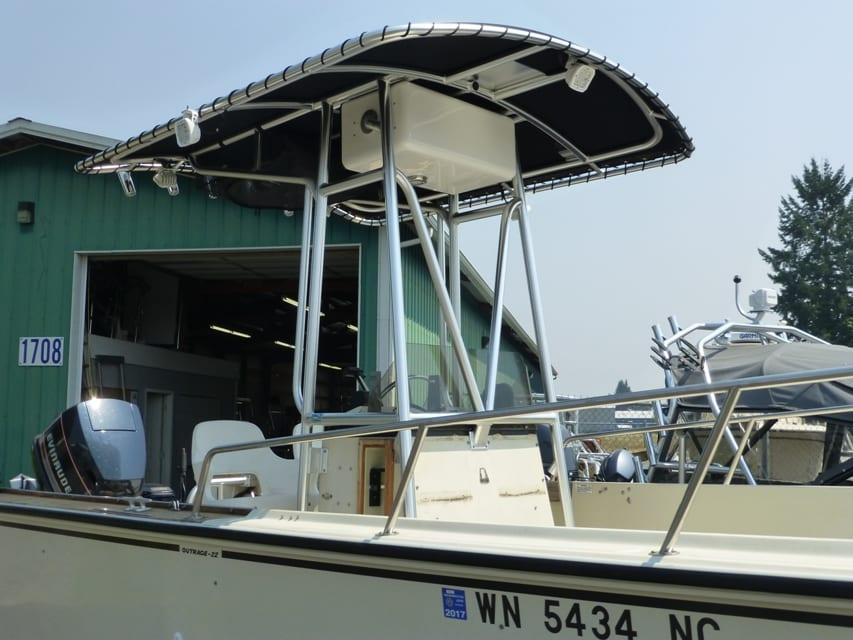 Boston Whaler TTop D1