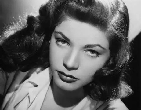 Lauren Bacall Dead at 89 28