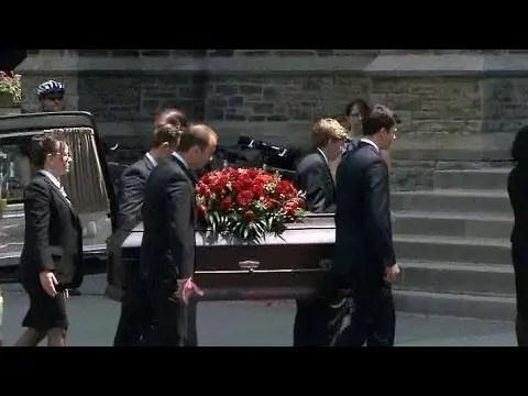 Sharon Jones 60 died, American singer (Sharon Jones & The Dap-Kings) funeral function 1
