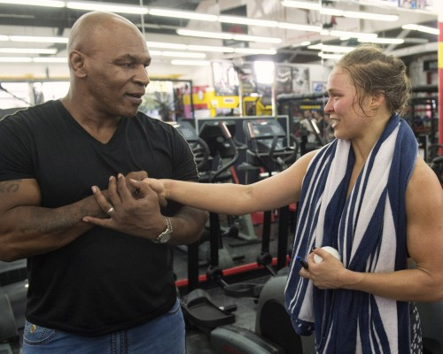 Tyson visits ROUSEY HG25-500x400