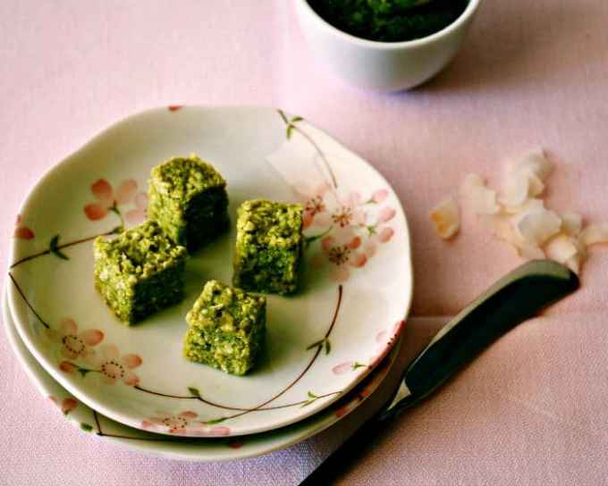Raw Coconut Matcha Fudge