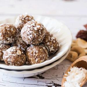 back to school snacks: Easy No Bake Cashew Coconut Date Balls