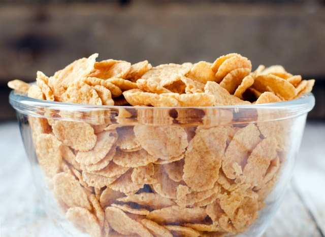 Cereal corn flakes