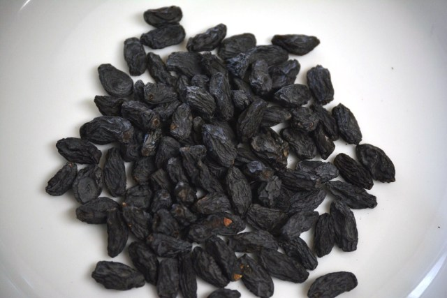 Ayurvedic benefits black raisin water healthy skin hair body